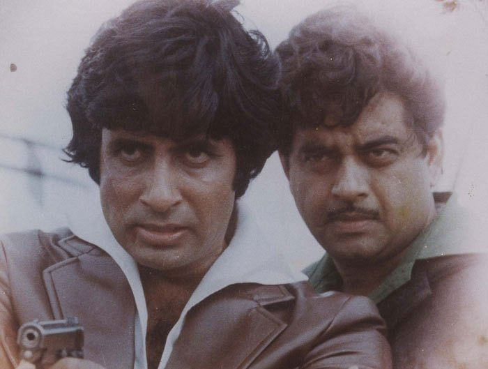 Amitabh Bachchan and Shatrughan Sinha in <i>Dostana</i>