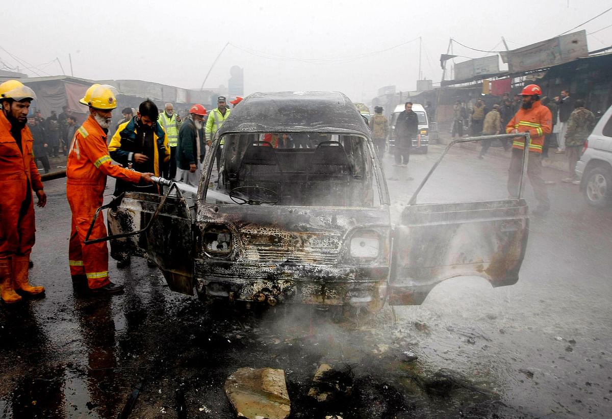 A blast near Karkhano Bazaar in Peshawar claimed 10 lives and injured 20 more.(Photo: AP)