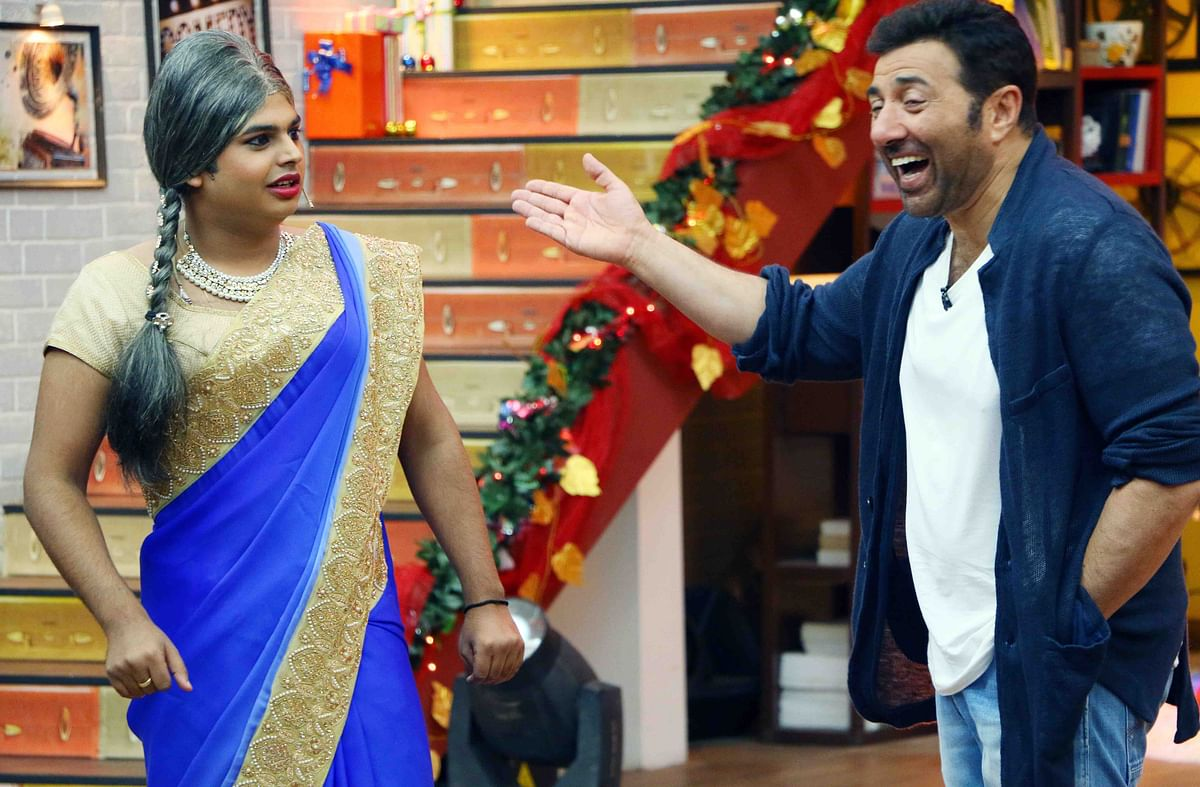 The usually media shy Sunny Deol has changed with the times. Here the actor appears on a TV show to promote his new film (Photo: Yogen Shah)