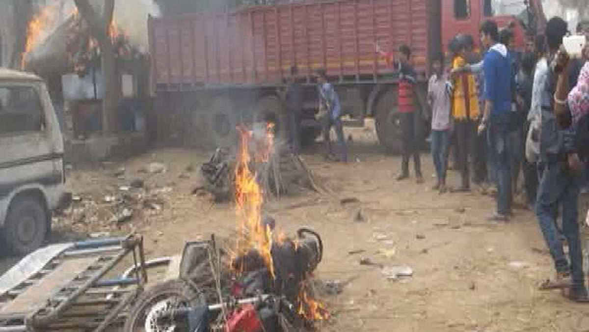 Kamlesh Tiwari's derogatory remarks about Prophet Muhammad during a speech led to violent protests by Muslims. (Photo Courtesy: CNN IBN)