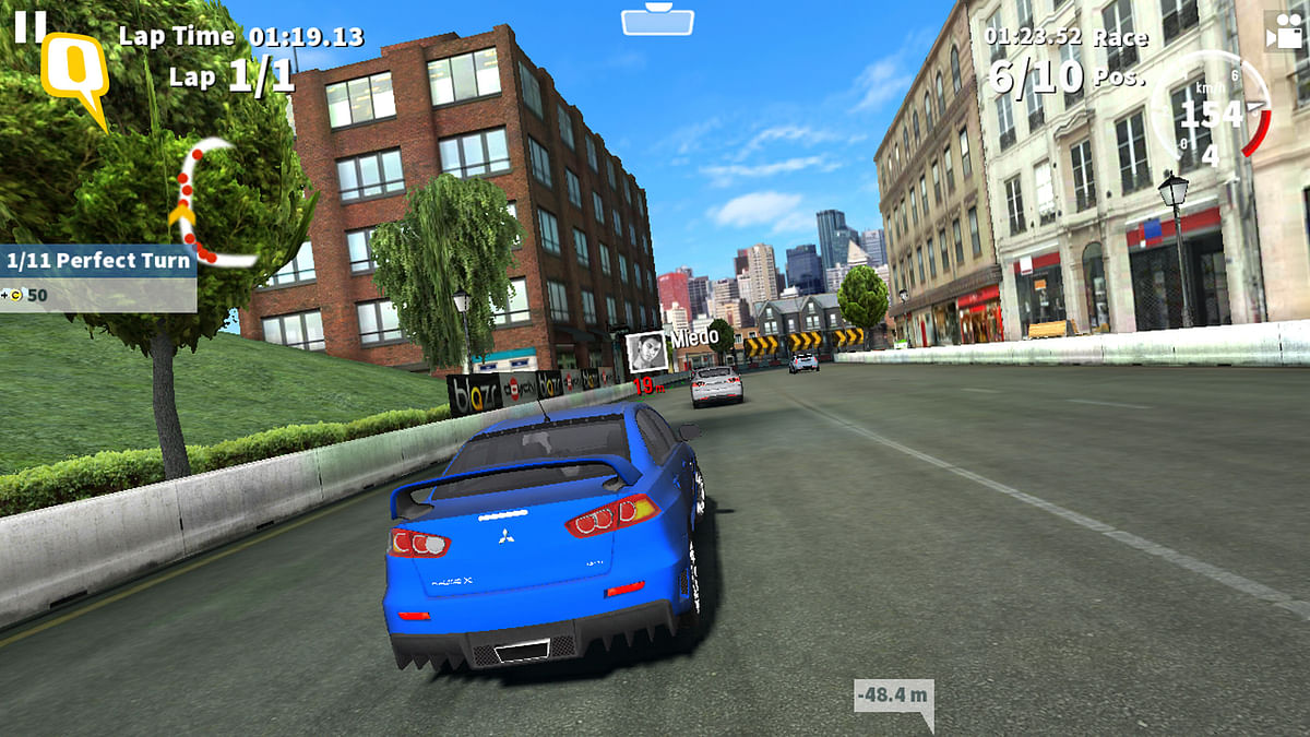 GT Racing 2 on Panasonic Eluga Mark (Photo: <b>The Quint</b>)