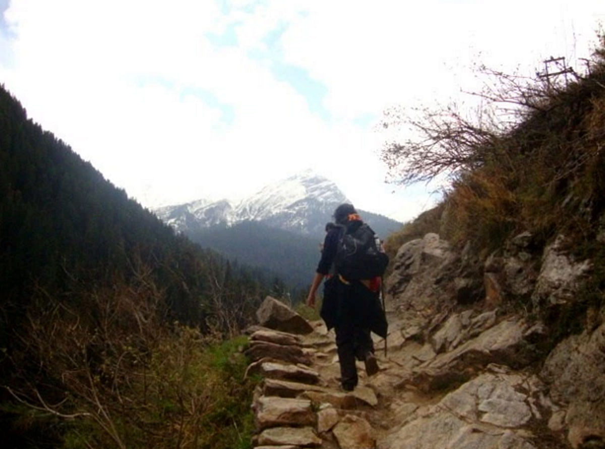 Me, as I make the climb up to Kheerganga. (Photo Courtesy: Sonal Kwatra Paladini/Drifter Planet)