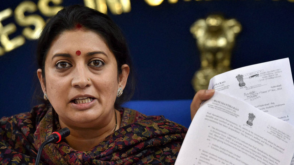 A group of over 100 journalists and other professionals wrote to the Information & Broadcasting Minister Smriti Irani to express their concerns over the ministry's proposal to extend traditional broadcasting rules and restrictions to the internet.