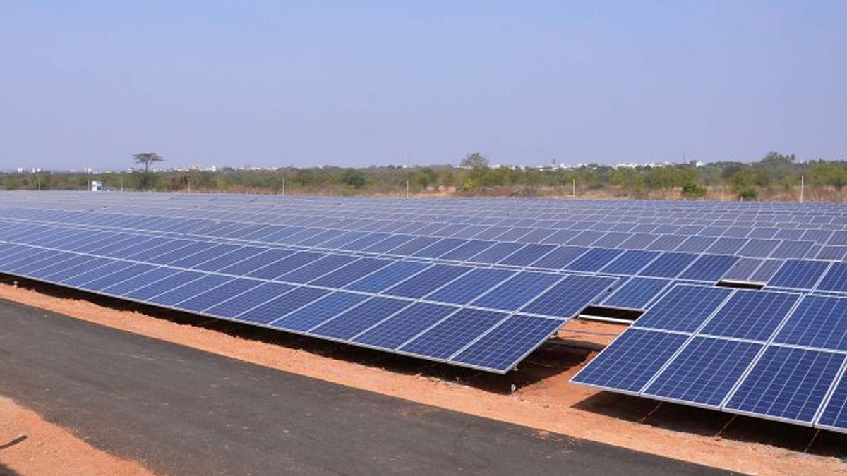 Solar energy will decrease the air pollution as compared to  conventional forms of energy. (Photo:The News Minute)
