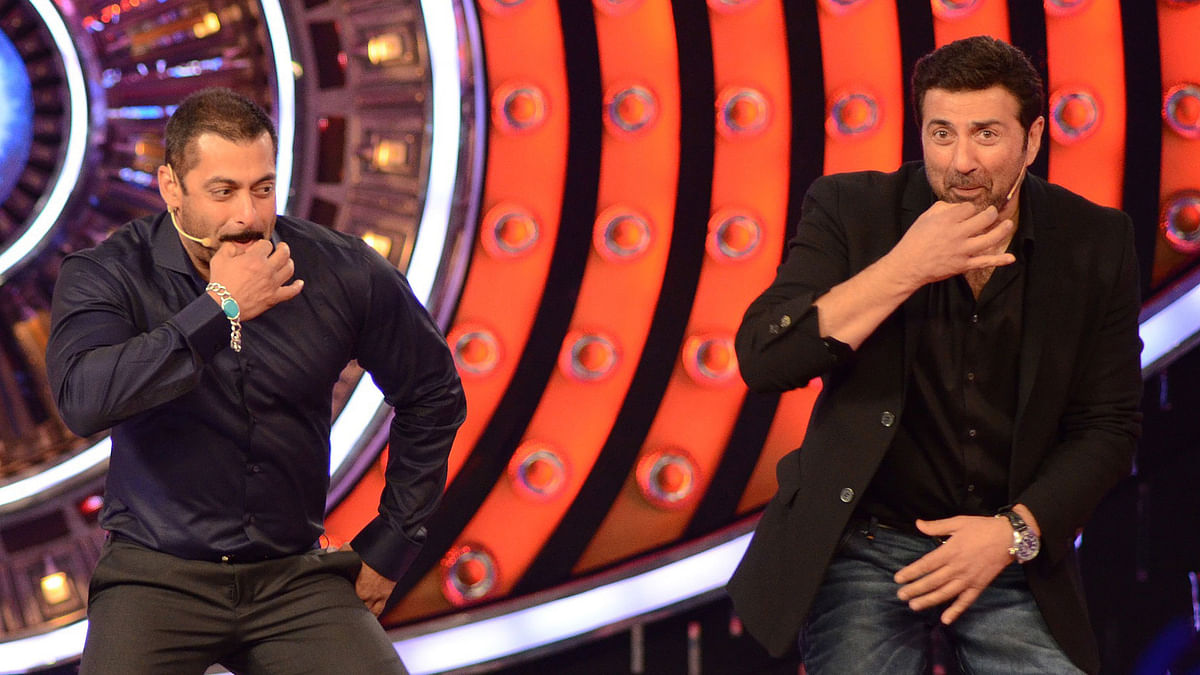 Sunny Deol with Salman Khan on <i>Bigg Boss </i>to promote <i>Ghayal Once Again </i>(Photo: Yogen Shah)