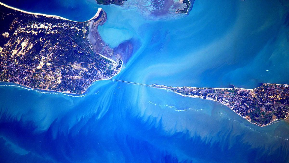 """NASA Astronaut Scott Kelly shared this picture of India's southern tip on Twitter. (Photo: Twitter/<a href=""""https://twitter.com/StationCDRKelly"""">Scott Kelly</a>)"""