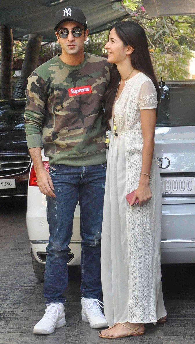Katrina Kaif and Ranbir Kapoor celebrated Christmas with the Kapoor <i>khaandan.</i> (Photo: Yogen Shah)
