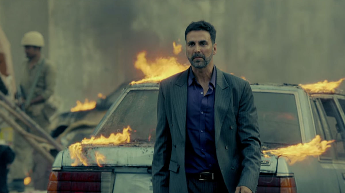 A scene from <i>Airlift</i>