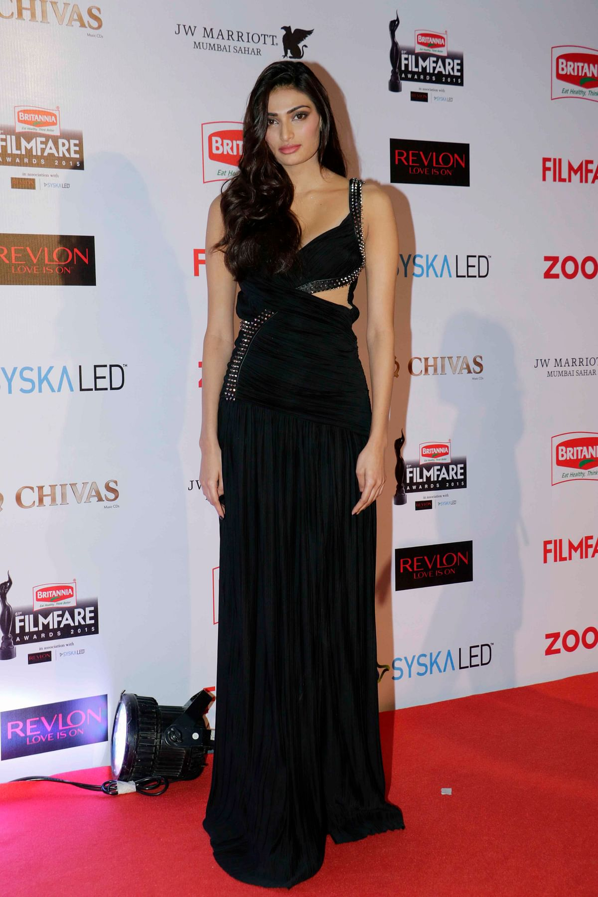 Athiya Shetty goes wrong even with the basic black (Photo: Yogen Shah)