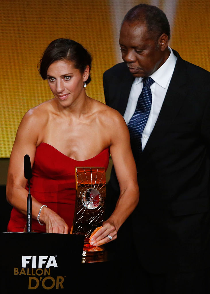 Carli Lloyd receives the women's player of the year award. (Photo: Reuters)