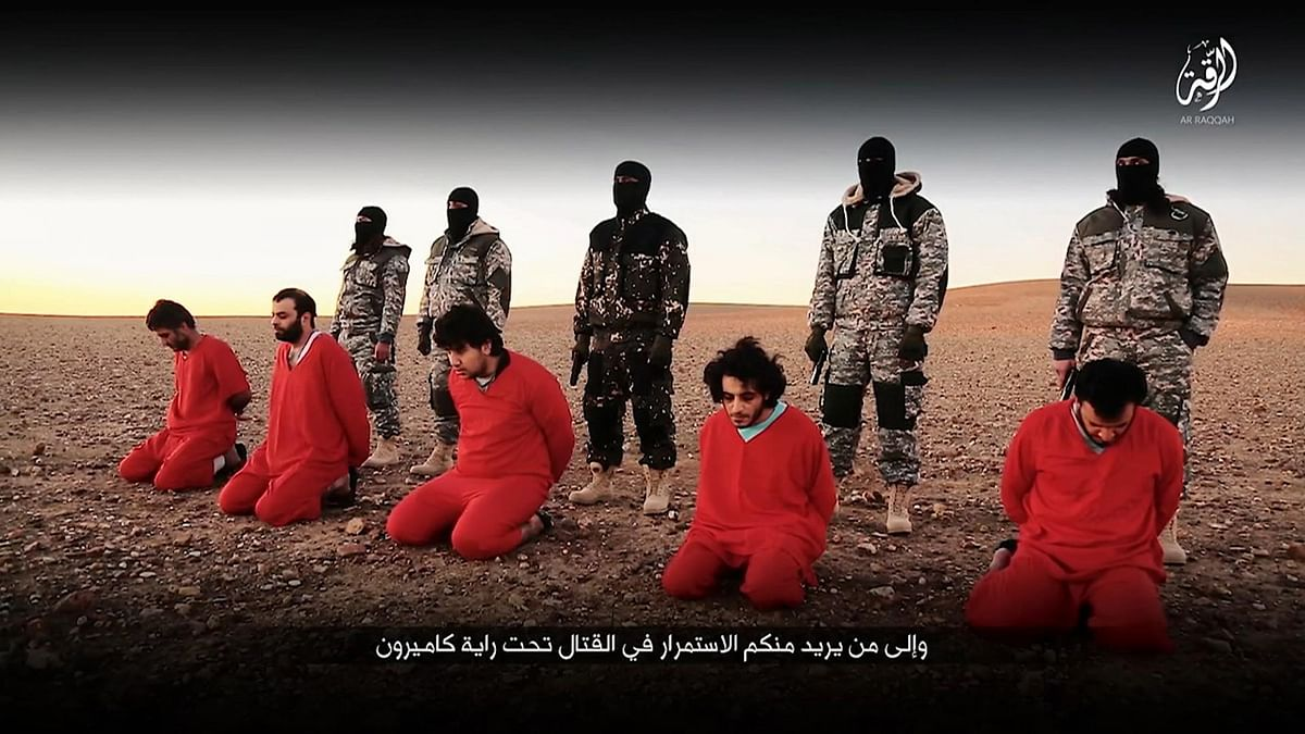 A snapshot taken from a video posted online by Communications Arm of Islamic State.  (Photo: AP)