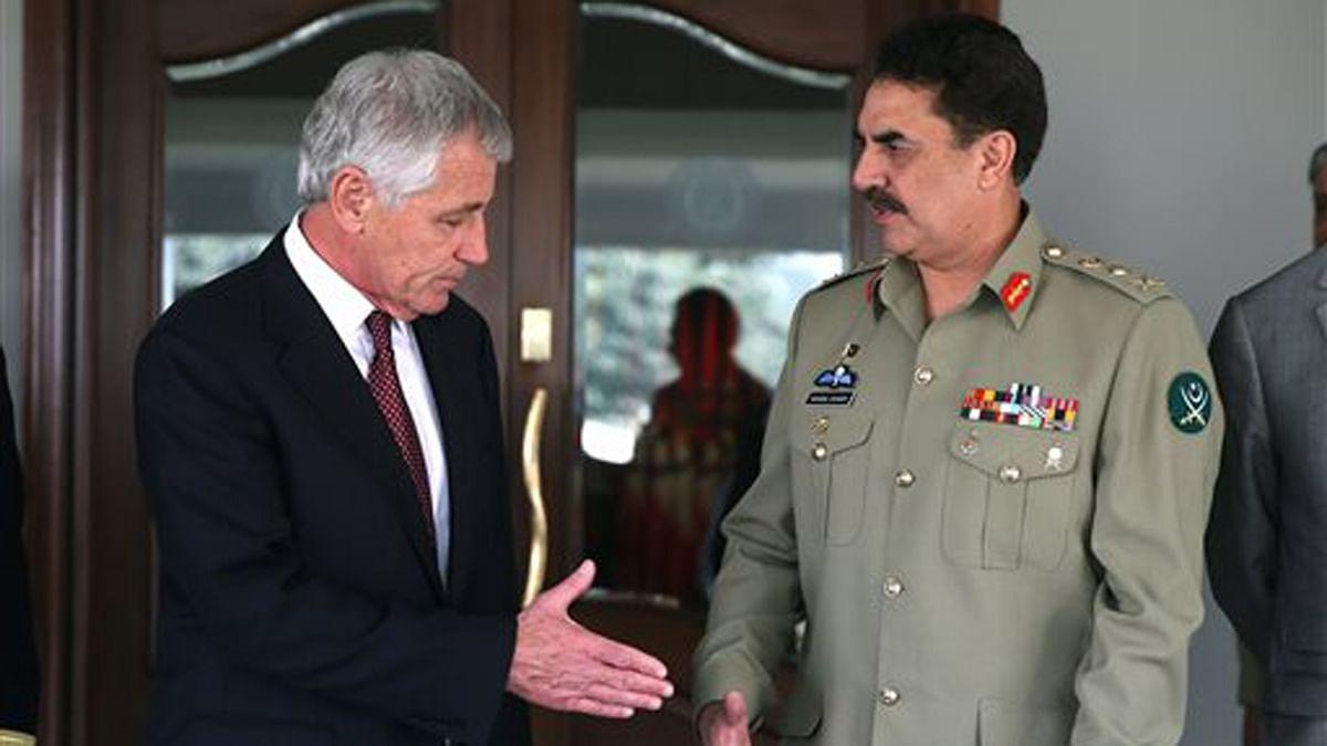 US Defense Secretary Chuck Hagel, left, and Pakistani army chief Gen. Raheel Sharif seen here after a meeting in Rawalpindi in 2013. (Photo: AP)