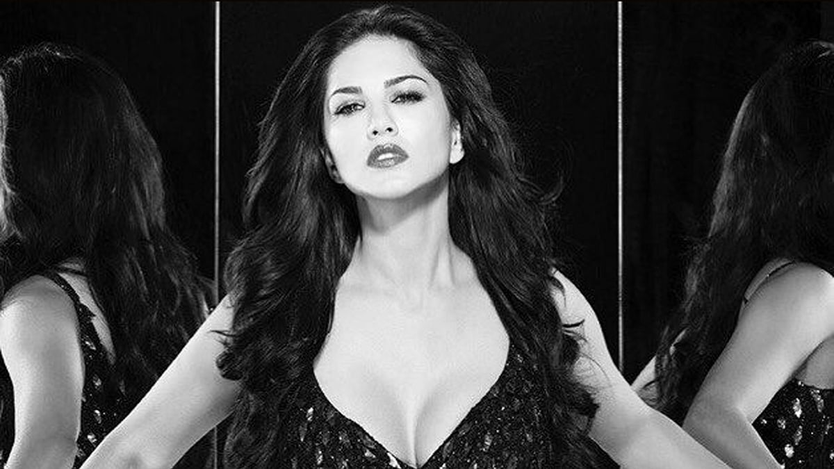 Sunny Leone is absolutely comfortable with her past as an adult film actress (Photo courtesy: Facebook/SunnyLeone)