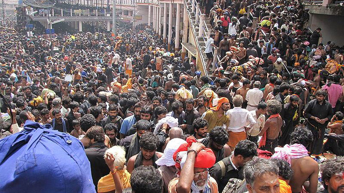 Devotees wait to enter the Sabarimala Temple. (Photo Courtesy: The News Minute)