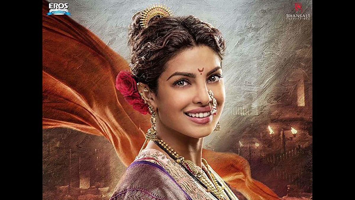 "Priyanka Chopra's look in <i>Bajirao Mastani</i>. (Photo Courtesy: <a href=""https://twitter.com/priyankachopra/status/663313059792965632"">Twitter</a>)"