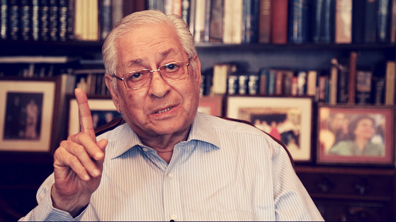 Soli Sorabjee says a person is allowed to have a view, just because it may be wrong, it doesn't become sedition. (Photo: The Quint)