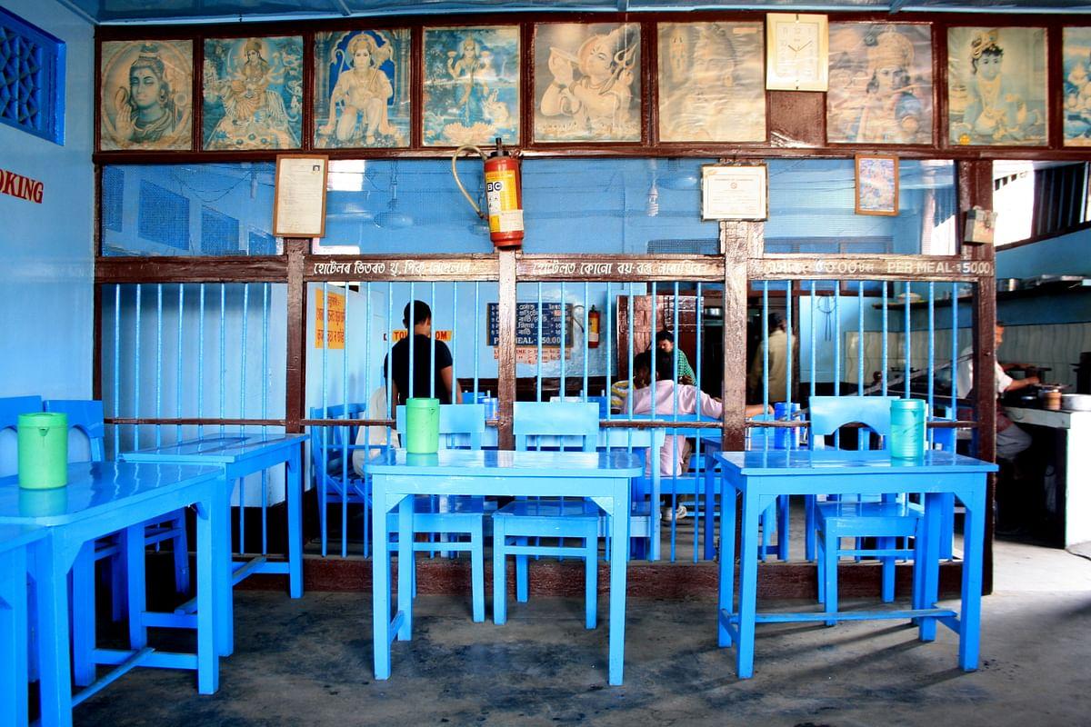 A puri-bhaji snack joint in town. (Photo Courtesy: Kushal Chowdhury)