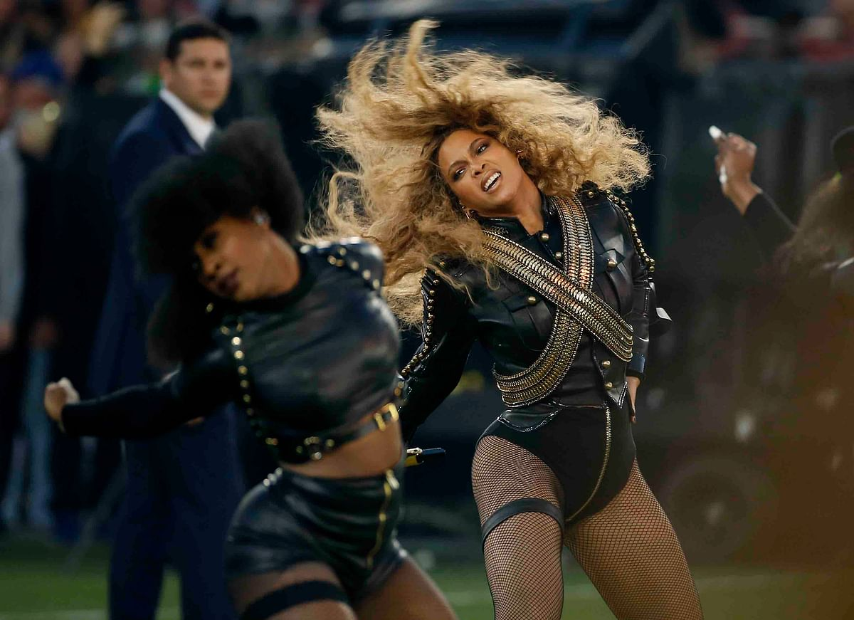 Beyoncé gives a jaw dropping performance, as always, at Super Bowl 50 (Photo: AP)