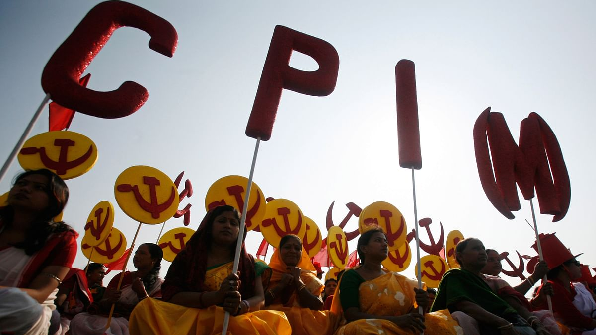 Supporters of the Communist Party of India (Marxist) (CPI-M) attend a public rally. (Photo: Reuters)