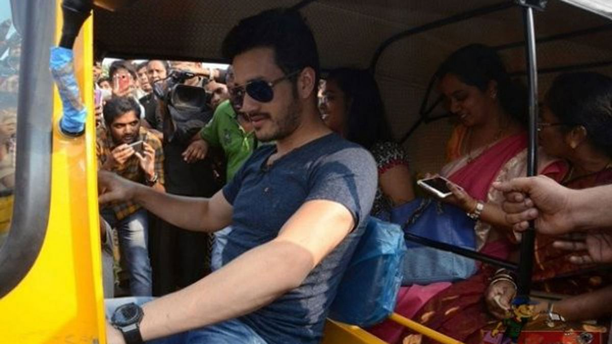 Akhil Akkineni turns autowala for a few hours for a good cause (Photo courtesy: Twitter)