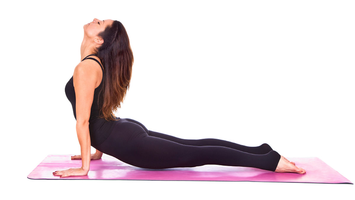 I thought yoga comprised of some amount of body stretching – and even more pop talk. (Photo: iStock)