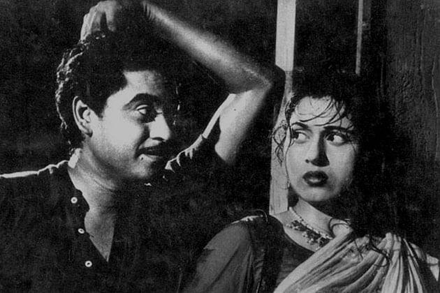 Ek ladki bheegi bhaagi si: Madhubala and Kishore Kumar, in a scene from <i>Chalti Ka Naam Gaadi.</i>