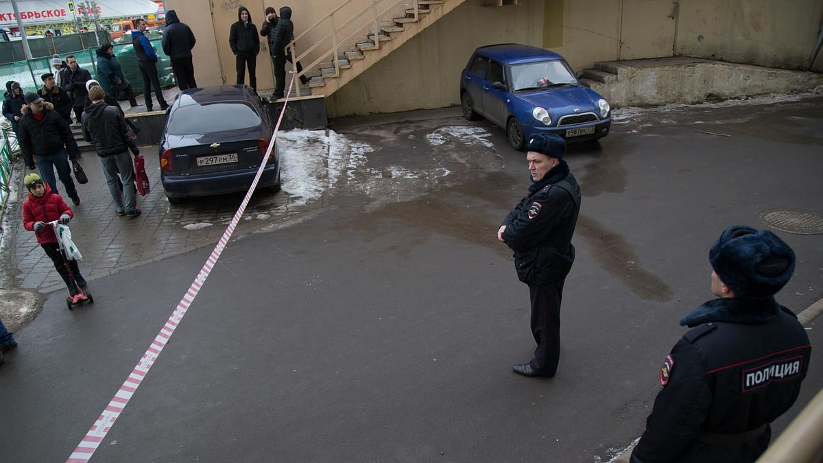 Moscow Woman Brandished  Child's Severed Head; Booked For Murder