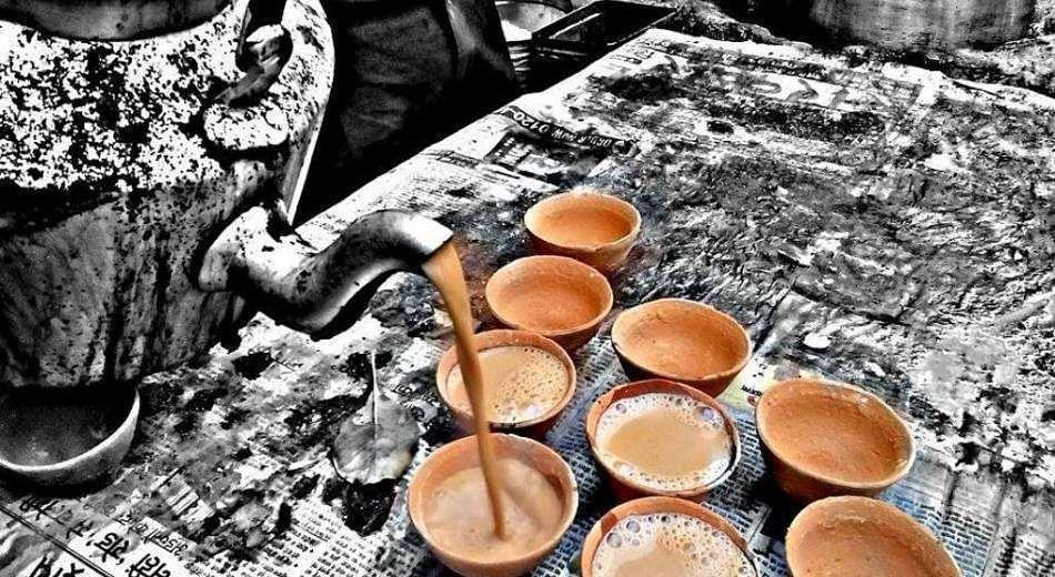 """'Chai garam chai'. (Photo: <a href=""""http://www.indiaataglance.com/"""">indiaataglance.com</a>)"""