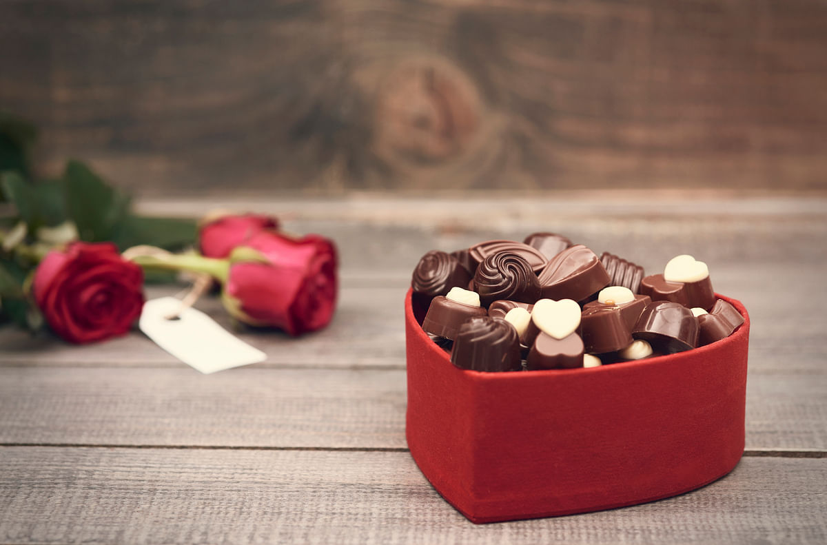 Chocolates are the go-to gifts for any romantic occasion. (Photo: iStockphoto)