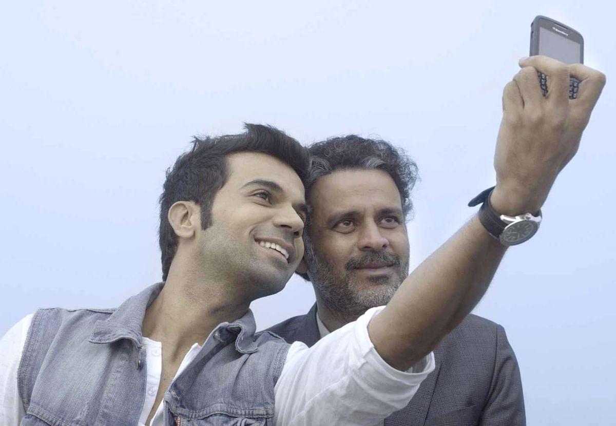 Rajkummar Rao and Manoj Bajpayee in <i>Aligarh&nbsp;</i>
