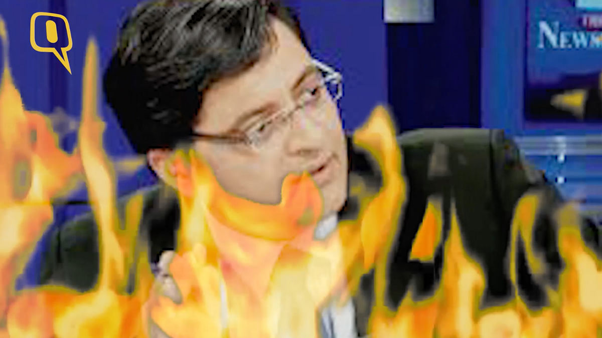 The Quint's Aakash Joshi has a few burning questions for Arnab Goswami. (Photo: screengrab altered by The Quint)