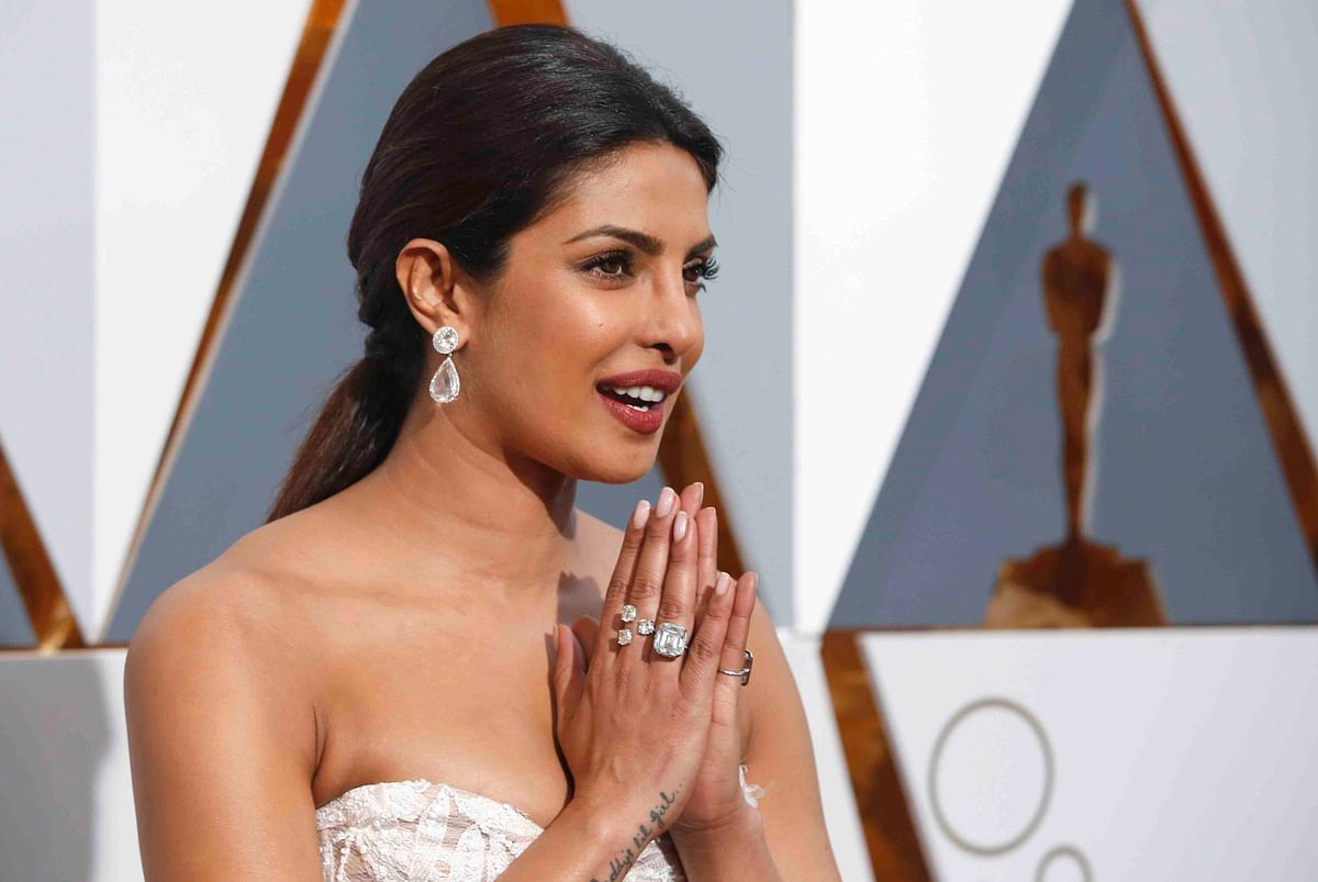 Priyanka Chopra arrives at the Oscars on Sunday, 28 Feb. 2016, at the Dolby Theatre in Los Angeles.
