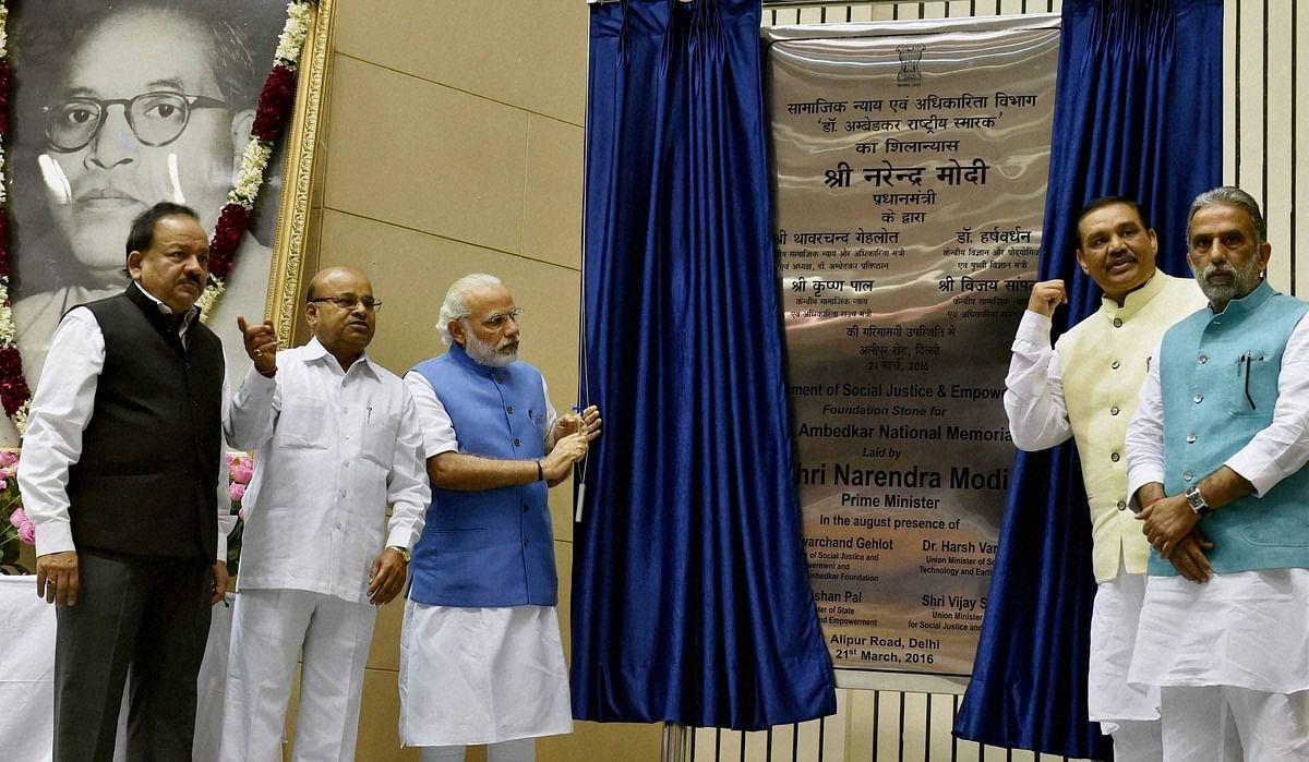 Prime Minister Narendra Modi laying the foundation stone for Ambedkar Memorial in New Delhi. (Photo:PTI)
