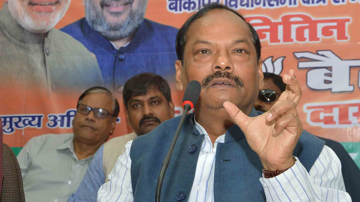Raghubar Das Charged for 'Objectionable' Remarks on Soren's Caste