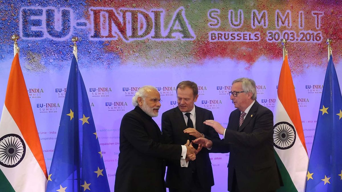 Prime Minister Narendra Modi with European Commission President Jean-Claude Juncker (right) and European Council President Donald Tusk at the EU-India summit at the EU Council building in Brussels, Wednesday, 30 March 2016. (Photo: AP)