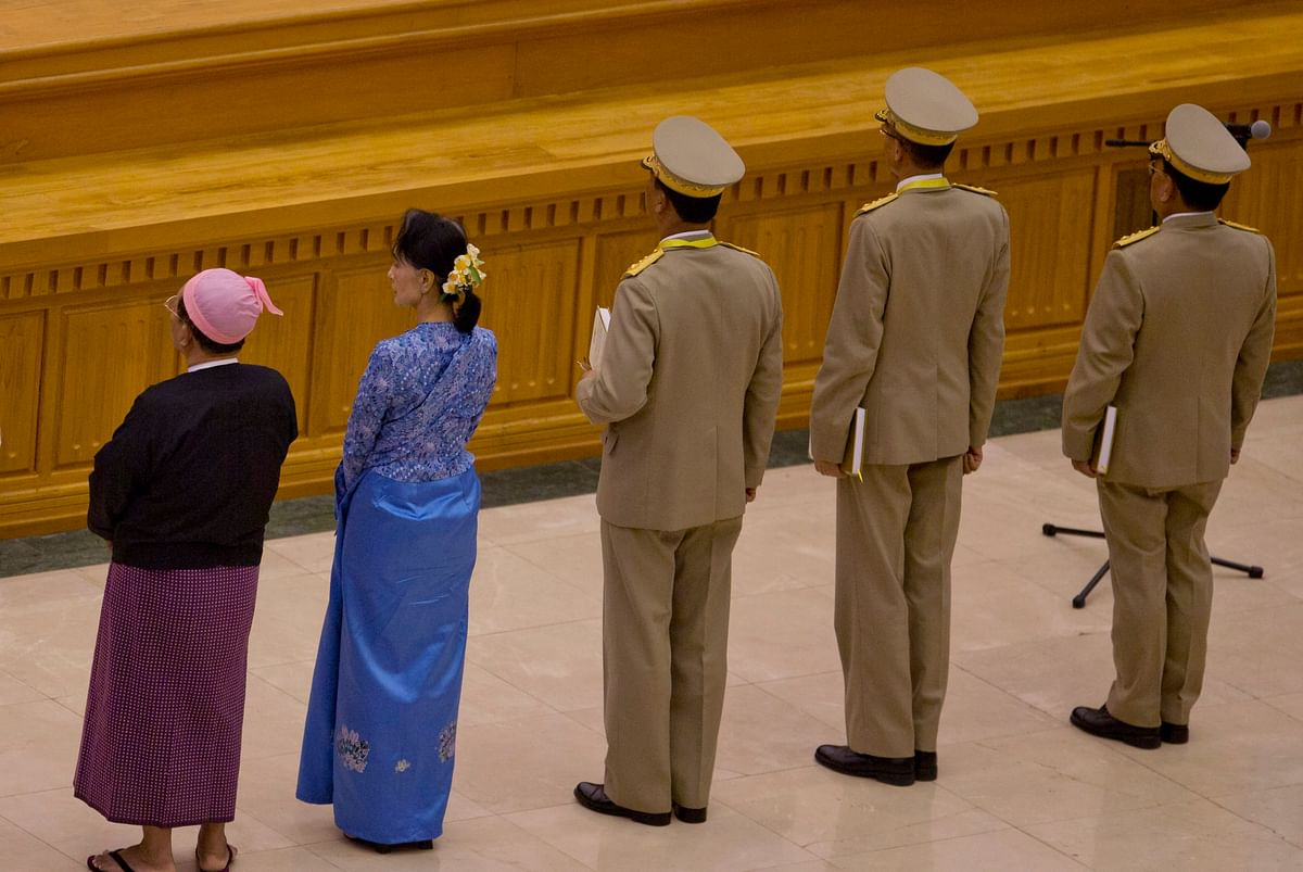 Suu Kyi and few other lawmakers. (Photo: AP)