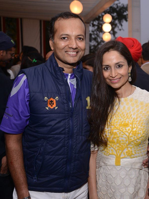 "Naveen Jindal with his wife Shalu, Oswal's daughter. (Photo: <a href=""https://twitter.com/APOLOLIFE/status/671281476718174208"">Twitter</a>)"