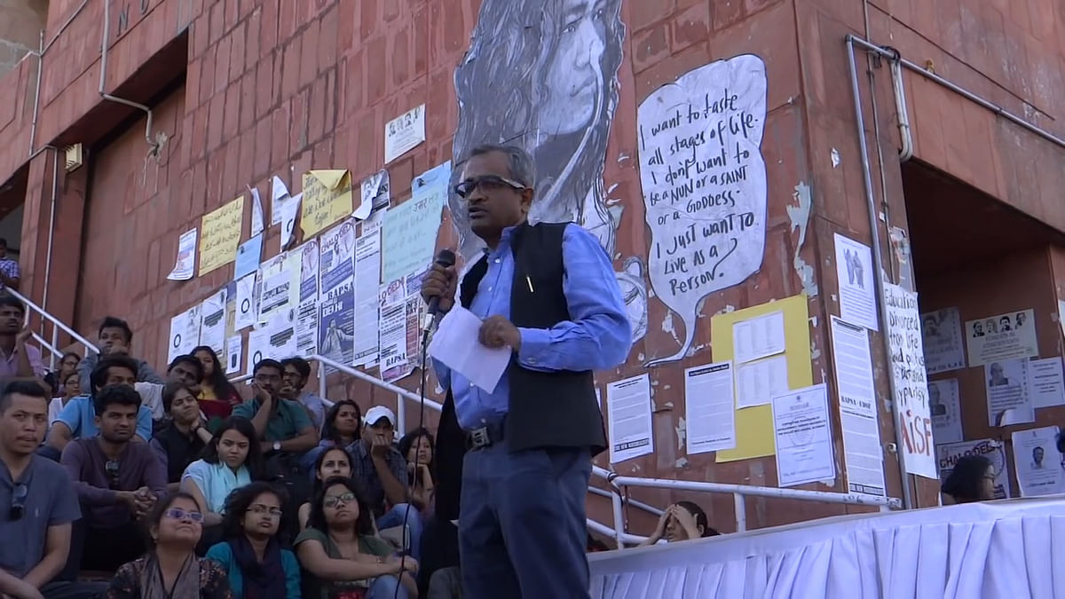 Sanjay Hegde lectures on freedom of speech and expression at JNU.