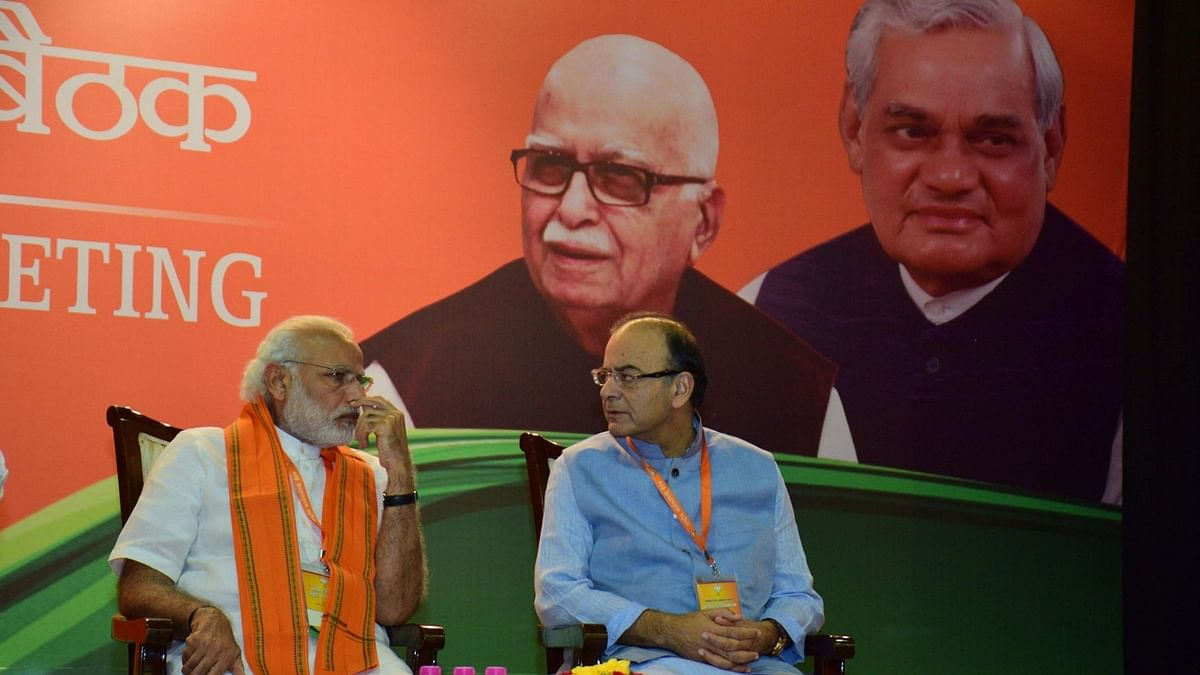 Prime Minister Narendra Modi with Finance Ministe Arun Jaitley at BJP`s National Executive meet in New Delhi on Saturday, 19 March 2016. (Photo: IANS)