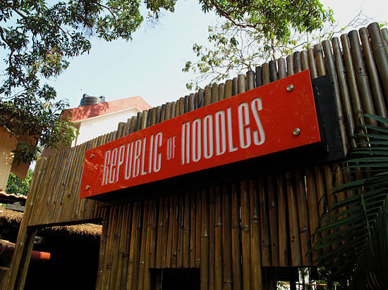 "Pad Thai noodles with a side order of racism (Photo Courtesy: <a href=""http://www.indianholiday.com/goa/restaurants.html"">www.indianholiday.com</a>)"