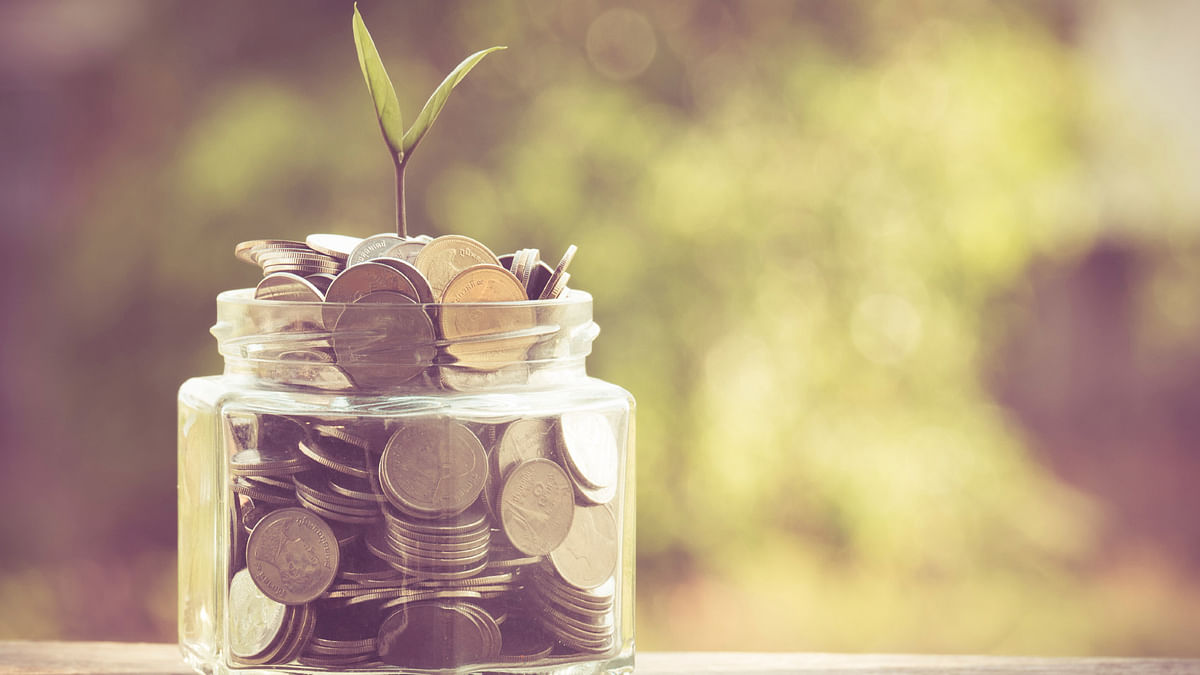 For the public, these savings rate cuts of up to 1 per cent, coming with a sharp hike in petrol and diesel prices feels like a grim start to spring and summer. (Photo: iStock)