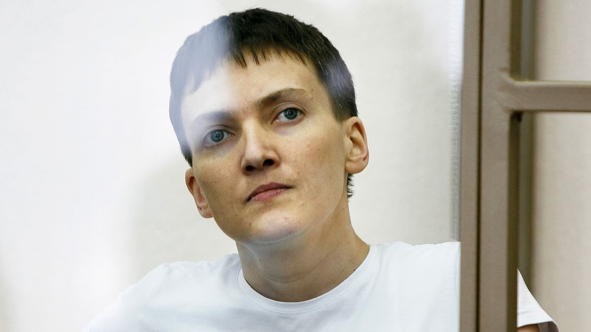 Ukrainian jailed military officer, Nadezhda Savchenko, as she sits in a glass cage during a trial in the town of Donetsk, Rostov-on-Don region, Russia. (Photo: AP)