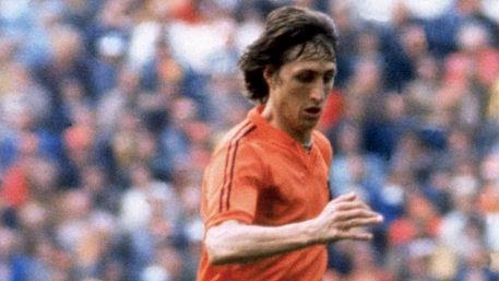 "Johan Cruyff. (Photo: <a href=""https://twitter.com/ChelseaFC"">Chelsea FC Twitter</a>)"