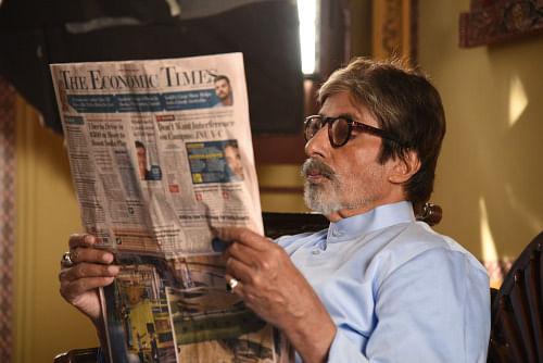 Amitabh Bachchan shoots for an ad (Photo: srbachchan.tumblr.com)