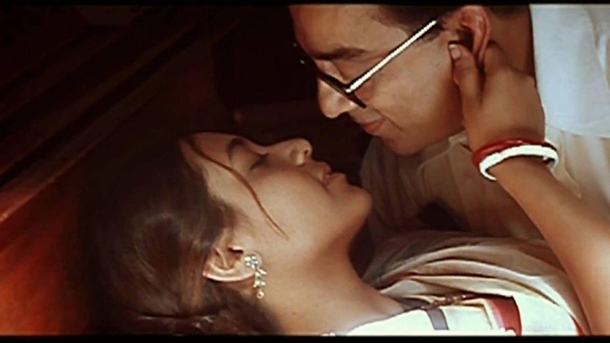 A still from <i>Hey Ram, </i>featuring Rani Mukerji and Kamal Haasan.