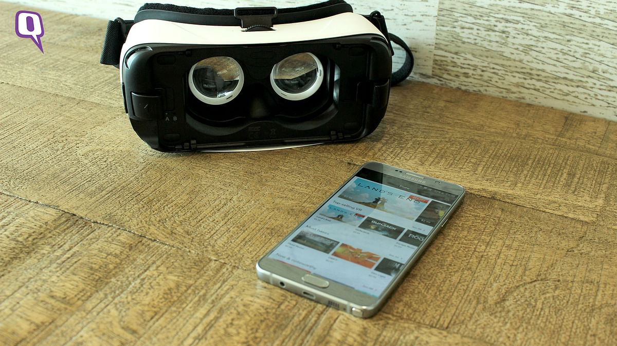 Samsung Gear VR made by Oculus. (Photo: <b>The Quint</b>)