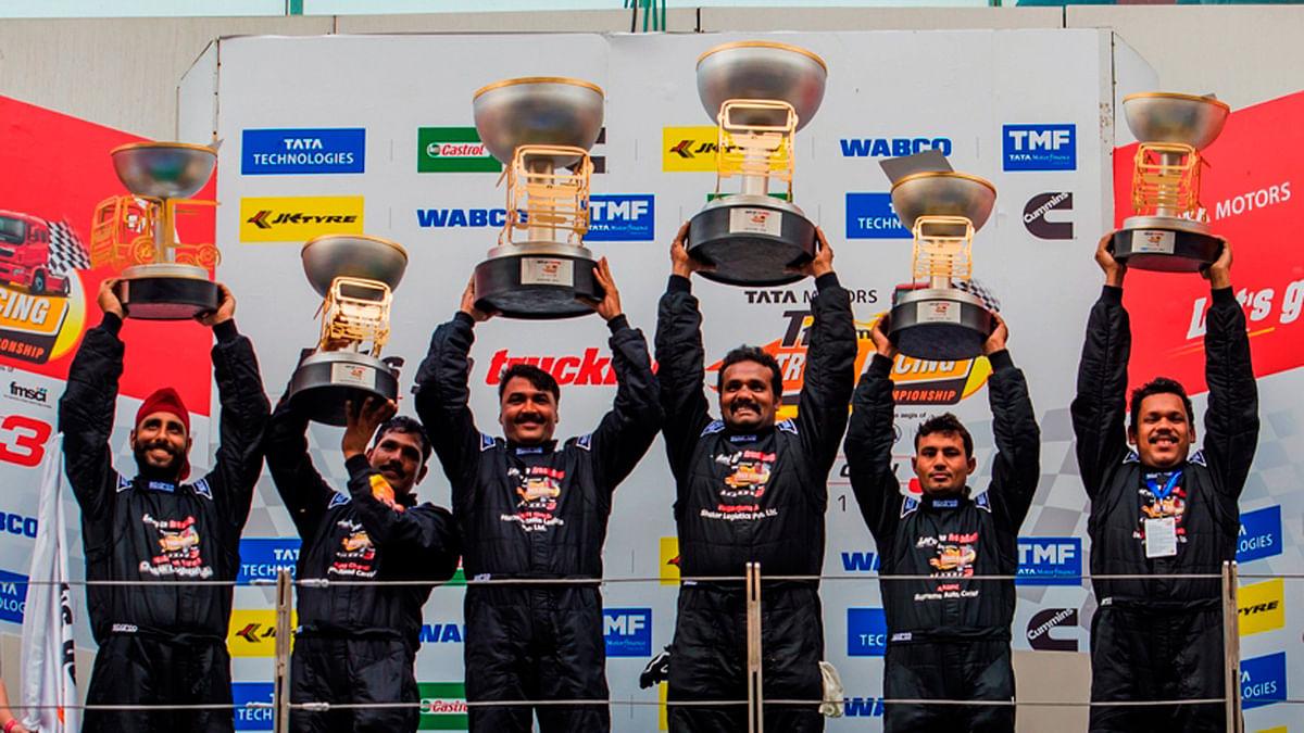 Winners of the Pro Class races. (Photo: Tata Motors)