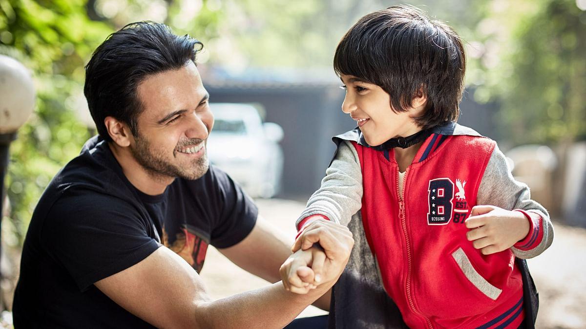 Emraan Hashmi with son Ayaan (Photo courtesy: Twitter)