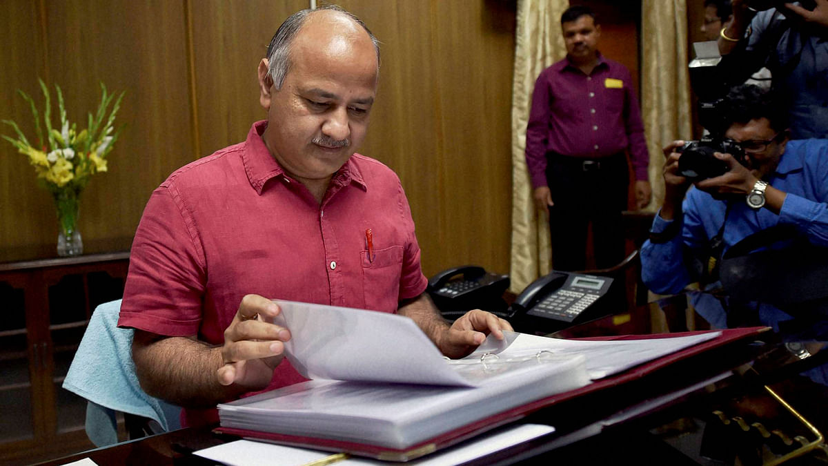 Cancel Pending CBSE Exams, Use Internal Assessment: Manish Sisodia