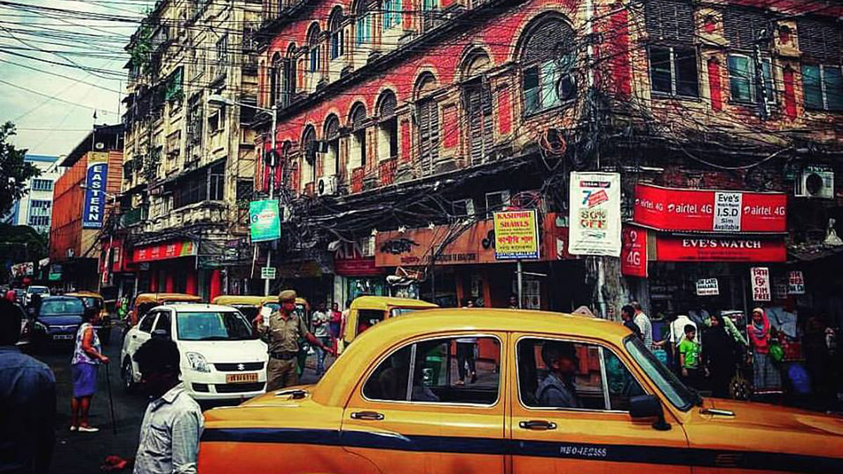 """As someone who grew up in this city and now works in Delhi told me on his recent visit: """"The soul of Kolkata is dead."""" (Photo courtesy: Nikita Jain/ <b>The Quint</b>)"""